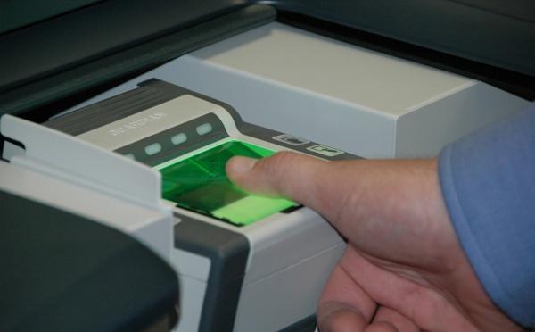 Inde: Enregistrement des données biométriques pour l'obtention du visa