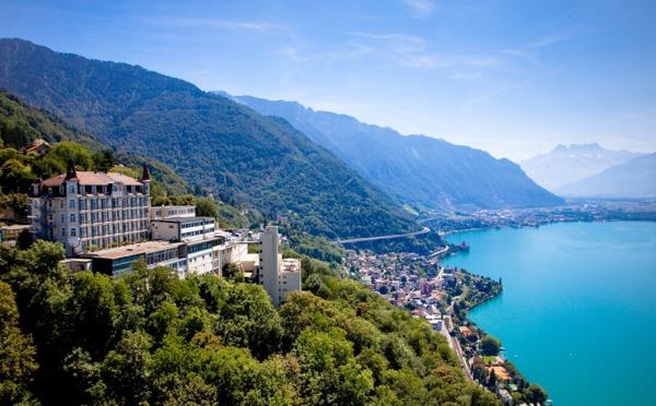 Hôtellerie de luxe : Sommet Education devient partenaire de Traveller Made