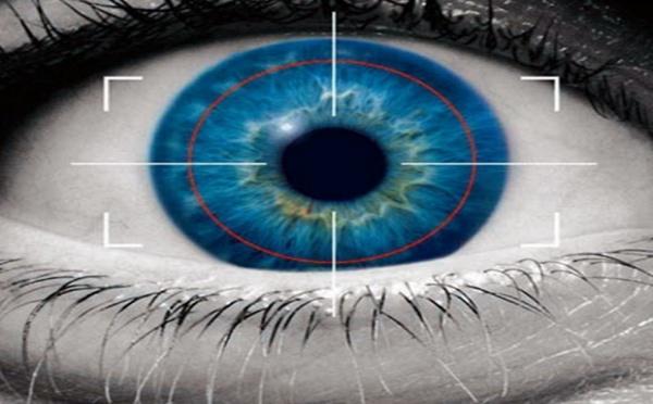 Aéroports : les scanners d'iris progressivement abandonnés outre-Manche