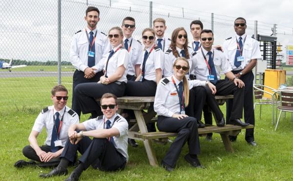 CAE recrute et forme les pilotes de Volotea et easyJet