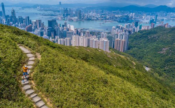 """Podcasts : """"Voyagez confiné"""" à Hong Kong"""