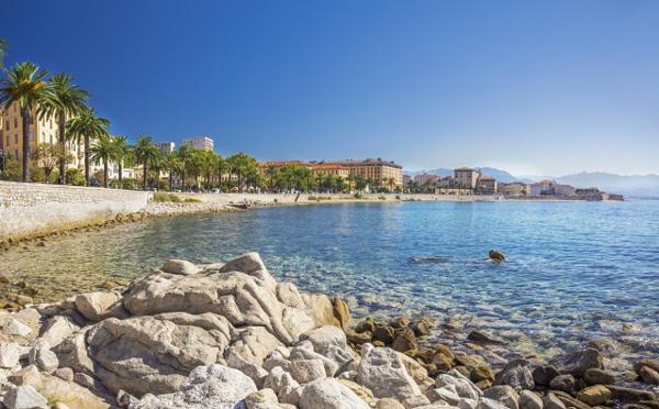 Les hôteliers du Golfe d'Ajaccio claquent la porte de Booking.com