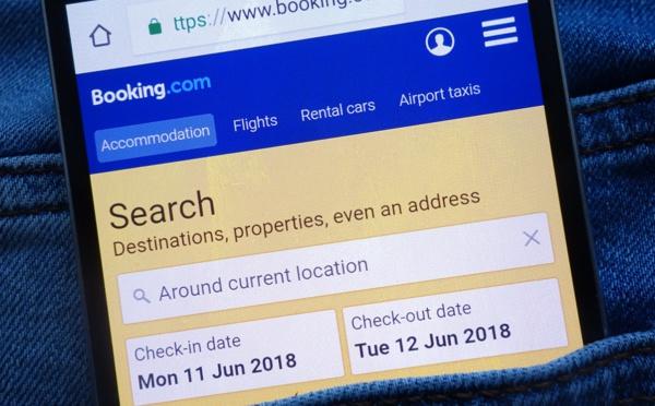 Booking.com : intègre la vente des vols secs... cette fois-ci sans sortir de son site !