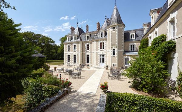 Château, bateau, troglo...où dormir en Centre-Val de Loire ?