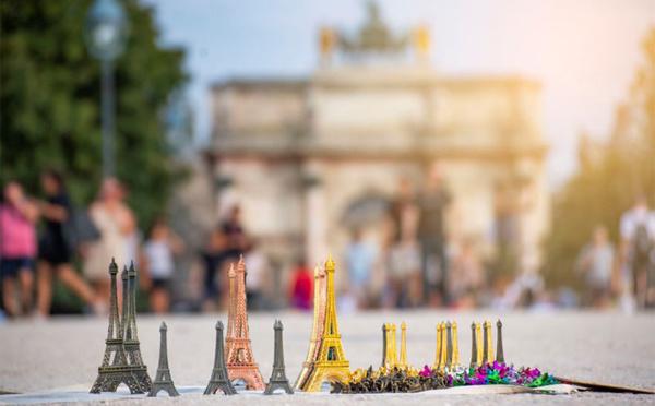 Quel souvenir garder de Paris lors de vos voyages ?