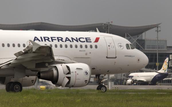"""Air France, une """"danseuse"""" qui vit au dessus de nos moyens..."""