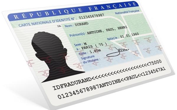 Carte d'identité valide 15 ans : que dire et comment conseiller vos clients ?