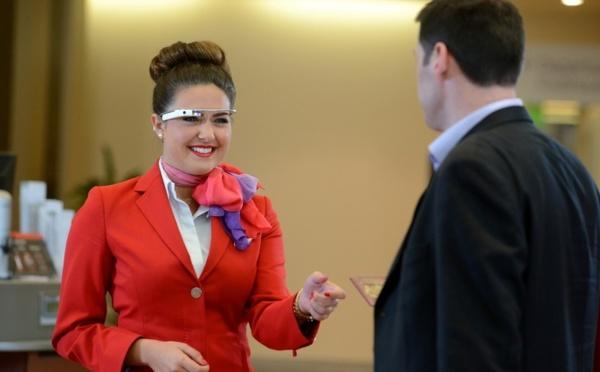 Classe affaires : les hôtesses de Virgin Atlantic testent les Google Glass