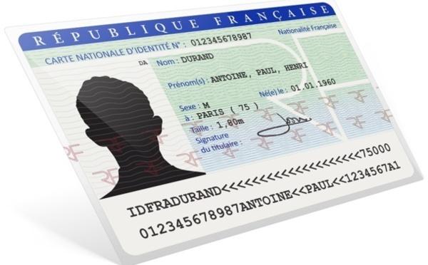 Carte d'identité valide 15 ans : des clients refoulés par certains pays