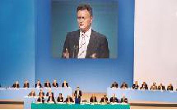 TUI : Michael Frenzel risque-t-il sa tête ?