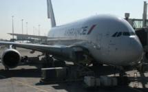 La case de l'Oncle Dom : Air France, les PNC font ouste à Boost !