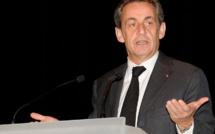 """La case de l'Oncle Dom : Sarko fait des """"ménages"""" chez Selectour..."""