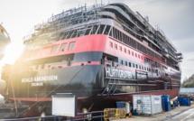 Hurtigruten : mise à l'eau du MS Roald Amundsen