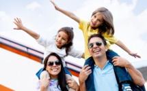 Les voyageurs accompagnés d'enfants de la génération alphas voyagent plus 2,4 fois en famille chaque année, pour une durée moyenne de 6,9 jours, le plus souvent dans leur propre pays. © Andres Rodriguez - Fotolia.com