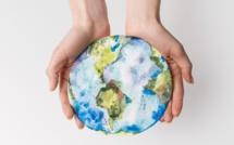37 % des vacanciers, les questions environnementales les ont poussés à changer leurs habitudes contre 27 % un an plus tôt et moins de 10 % il y a quatre ans - Depositphotos.com AntonMatyukha