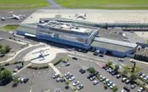 En stand by, l'aéroport maintient la logistique pour l'accueil des vols d'urgence sanitaire et aussi de l'armée de l'air - DR