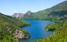 Plein les yeux avec le nouveau spot TV de la Corse
