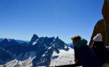 Regards contemplatifs sur le massif du Mont Blanc - © Sarah Devouassoux - Juillet 2020