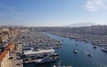 C'est un peu la gueule de bois ce matin sur le Vieux Port à Marseille après les annonces d'Oliver Véran - Photo CE
