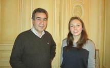 Michel Jean-Richard et sa fille Valentine  qui termine des études sur  les fondamentaux  que sont la gestion, le marketing et le management d'entreprise. A suivre - Photo : M.S..