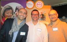 Sur leur stand commun au salon Agora CE, des acteurs du tourisme responsable et solidaire. A gauche,   Damien Berel  (Voyager Autrement),  Stefan Buljat et Denis Skrabo Klapan membres de Bastina Voyages - DR : M.S.